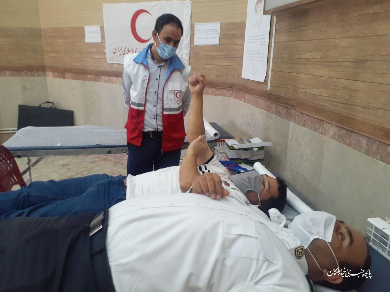 اخذ ۹۳ واحد خون در جمعیت هلال احمر شهرستان ملکان