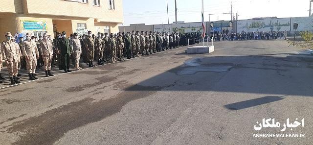 گزارش تصویری اخبار ملکان از مراسم صبحگاه مشترک بمناسبت گرامیداشت هفته دفاع مقدس در سپاه ملکان